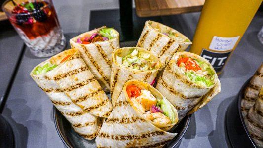 catering-huehner-wraps